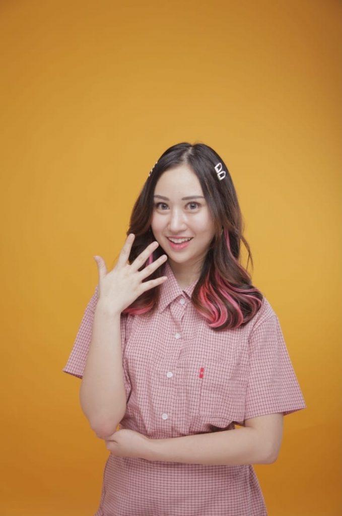 Muncul di video klip 'Menerka Nerka Part 2', Adeline dituding jadi orang ketiga