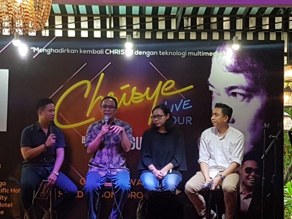 Project Manager Chrisye Live Concert, Yudistira Novianto Utomo, Ayu EG Production dan perwakilan tim produksi konser, Firza