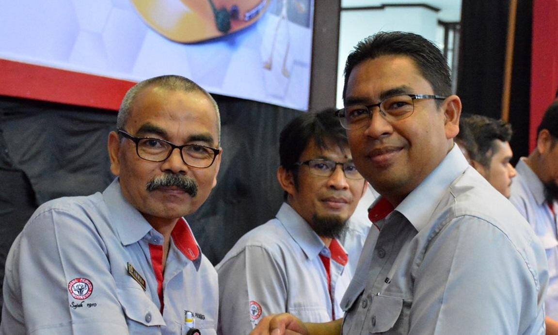 Direktur Utama PT Semen Padang Yosviandri (