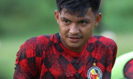 Pemain muda Semen Padang FC Genta Alparedo (Sources: MO SPFC)